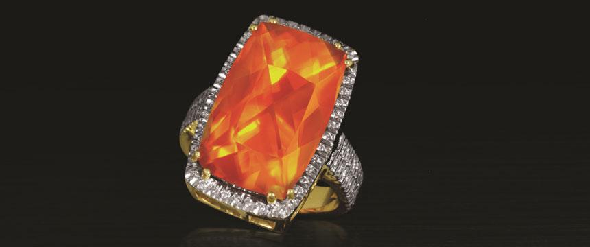 Un prezioso anello con Opale di Fuoco